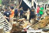 Puslabfor Mabes Polri selidiki kebakaran Pasar Pendopo