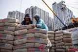 Kemenperin menjaga produksi industri semen dan pelumas