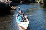 PLN  hadirkan perahu listrik wisata Rammang-rammang