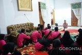Sebanyak 23 Siswa Mengenal Nusantara (SMN) asal Provinsi Lampung, mendapat pengenalan dan tips penjualan produk UMKM lewat Online di Gorontalo, mengingat saat bisnis online terus mengalami kenaikan.