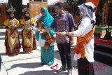 IP1 bantu fasilitas internet SMA di Makassar