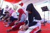 Perum Jamkrindo selaku koordinator kegiatan BUMN Hadir Untuk Negeri, dan Perum Perumnas melaksanakan kegiatan lomba tradisional dalam rangka memeriahkan HUT Kemerdekaan RI ke-73 di Gorontalo, Sabtu (18/8)