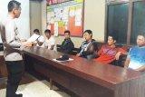 Diduga buat warga resah, enam debt collector diamankan polisi Bartim
