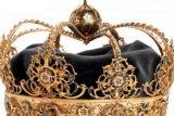 Mahkota Kerajaan dan Bola Abad 17 di Katedral Swedia Digondol Maling di Siang Bolong