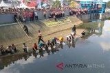 Pemkot Palembang dorong komunitas  tebar benih ikan
