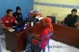 Menganiaya, ibu tiri IM ditahan di Polres Purbalingga