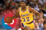 Bintang NBA  LeBron James  terkejut keputusan  Johnson Mundur dari Presiden Lakers
