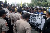 Students urge govt to eliminate all forms of racism against Papuans.