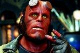 Pertarungan antara iblis dan kata hati dalam 'Hellboy'