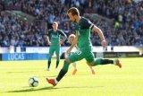 Kane cetak du gol, antar Tottenham bekuk Huddersfield 2-0
