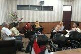 Pemkab Kotim apresiasi LSM ini bantu penambang tradisional