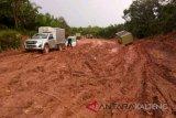 Jalan pelosok Lamandau hancur, perusahaan diminta bantu memperbaiki