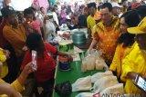 Tommy Soeharto ingin bina pedagang pasar tradisional