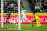 Borussia Moenchengladbach gunduli Fortuna Duesseldorf 3-0