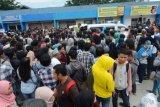 Ribuan warga Palu daftar pembuatan SIM C gratis