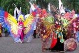 Warga antusias siapkan kostum meriahkan 'Sampit Ethnic Carnival'