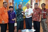 Yayasan Tiga Roda bantu truk sedot tinja untuk korban bencana Sulteng