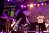 Devano tampil bersama Brisia Jodie di HUT TIM secara mendadak