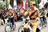 Nitizen ramai bicarakan Jokowi naik onthel di Bandung