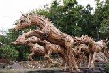 Kerajinan akar kayu Selopamioro dipasarkan sampai Eropa