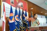 Siklon tropis  picu gelombang tinggi di perairan Sulawesi Utara
