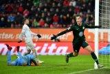 Wolfsburg tundukkan Augsburg 3-2