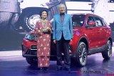 Mahathir Luncurkan Proton  X70