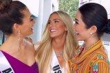 Ejek bahasa inggris Miss Vietnam, Miss USA meminta maaf