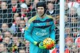 Unai Emery ragu dengan masa depan Cech di Arsenal