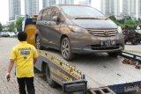 Strategi Adira terhadapnya lesunya industri otomotif