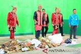 Legislator Kotim minta sanksi tegas untuk pembuang sampah sembarangan