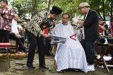 Jokowi unggah vlog potong rambut inginkan model anak muda