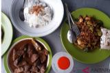 Rumah Makan Menu Jengkol Hadir di Jakarta