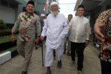 Jumat, Abu Bakar Baasyir bebas murni