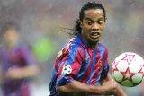 Ronaldinho Akan Latih Pemain Pemula Sumsel