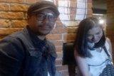 Anak diajak berpergian jauh, Sammy Simorangkir dan istri tak cemas