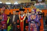 Islamic University of Riau graduates 1,236 students, 10 from Thailand
