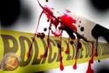 Seorang buruh tewas seketika usai dibacok dan ditembak saat sedang beristirahat di musala