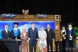Tiga menteri Kabinet Kerja mendapat penghargaan