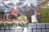 100 guru ngaji di Sukamara terima tambahan penghasilan