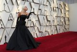 Lady Gaga kenakan kalung seharga Rp420,5 miliar di Oscar