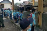 90 siswa TK Tunas Kasih bergembira ria belajar di Polbangtan YoMa