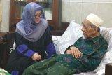 Tiga putri Soeharto bersilaturahmi ke Mbah Moen