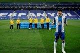 Pemain Espanyol asal China Wu Lei positif terpapar COVID-19