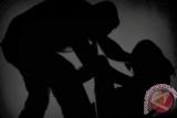 Takut foto bugil disebarluaskan ke medsos, paksa pacar berhubungan intim berulangkali