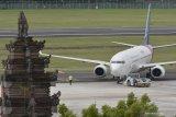 Terminal keberangkatan domestik Ngurah Rai Bali terbakar