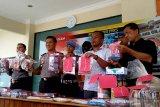 Pembuat jamu palsu di Cilacap diamankan polisi (VIDEO)