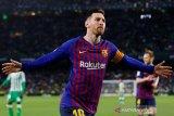 Messi dan Suarez hancurka Betis 4-1