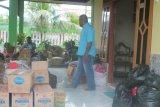 Alumni Uncen sumbang makanan dan obat-obatan untuk korban banjir