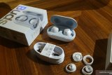 'Unboxing' Samsung Galaxy Buds
